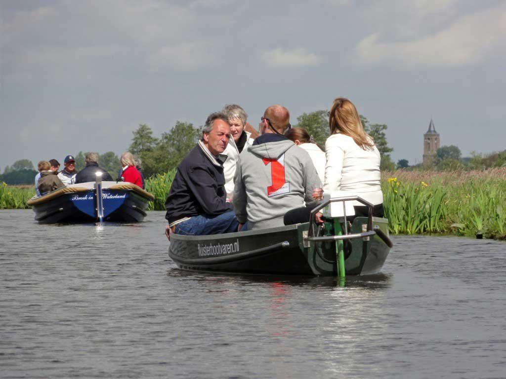 Fluisterboot varen